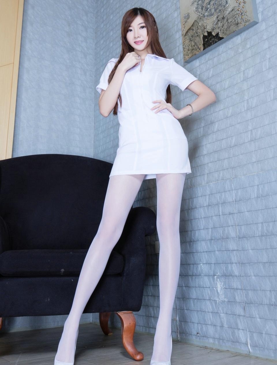 白丝丝袜美女_白丝美女小护士大胆性感丝袜美腿白衣天使诱惑写真_美女图片 ...