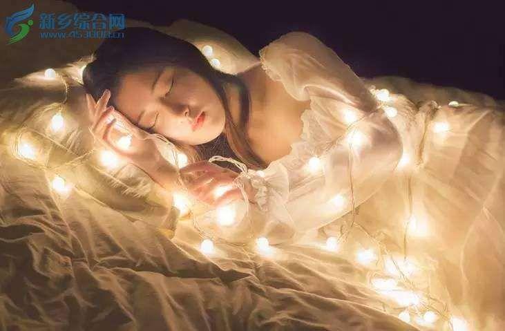 女子裸睡被强奸后仍熟睡误以为做春梦很是享受